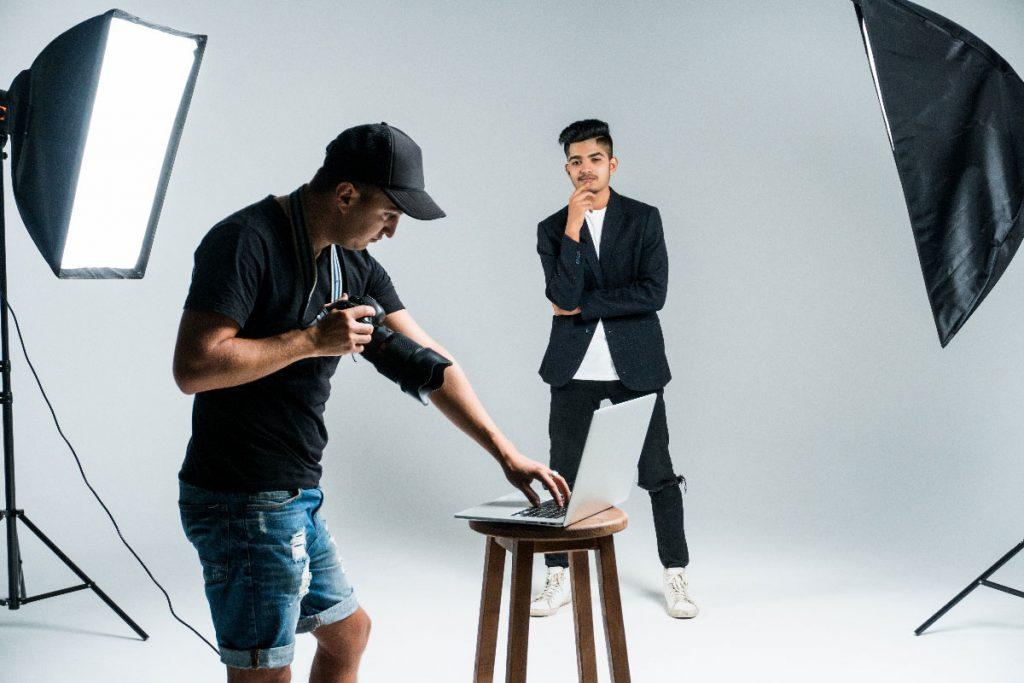 PROFESSIONAL PORTRAIT PHOTOGRAPH