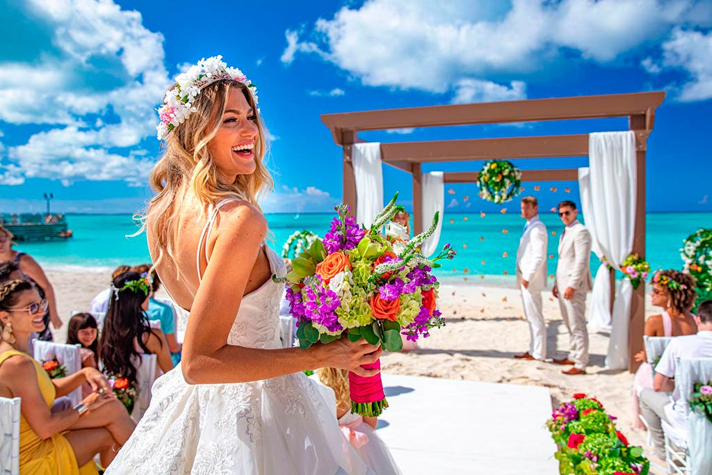 beach to get married